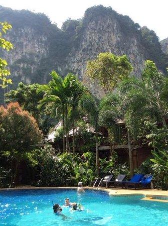 Phu Pha Ao Nang Resort and Spa: Pool, Mountains and Beach...Pure Heaven!