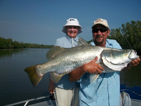 Melville Island Lodge: This barra was so heavy she needed help from the guide to hold it!