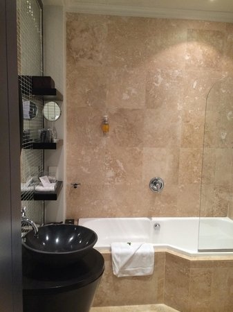 O on Kloof Boutique Hotel & Spa: Bathroom