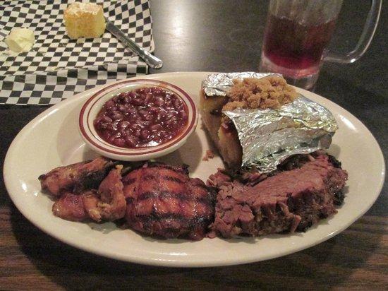Bo-Mack's BBQ Express: Two meat platter (chicken/brisket) w/ two sides (baked beans/sweet potato); corn bread; sweet te