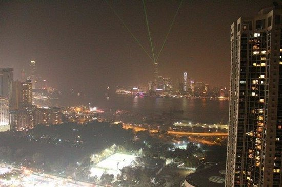 Metropark Hotel Causeway Bay Hong Kong: Rooftop view with laser light show
