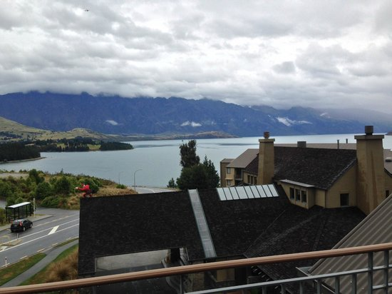 Heritage Queenstown: This floor is a single story walk up at the top of the building (I think called the Mountain Win
