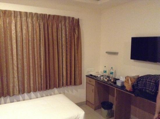 FabHotel Royal Castle Gandhipuram: rooms
