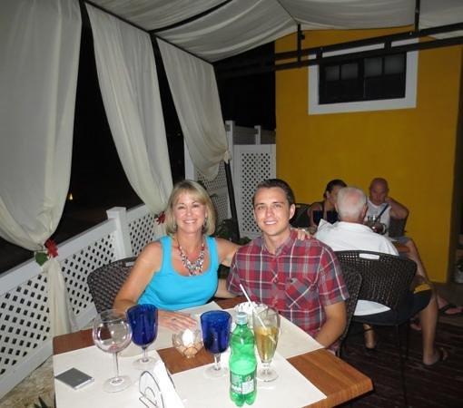 Restaurante La Farola: My son and I on the patio at La Farola