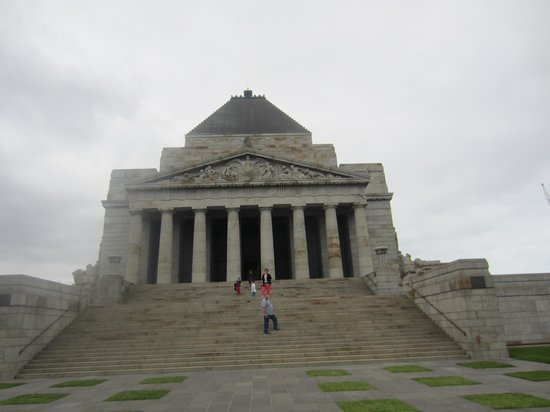 Shrine of Remembrance: the shrine