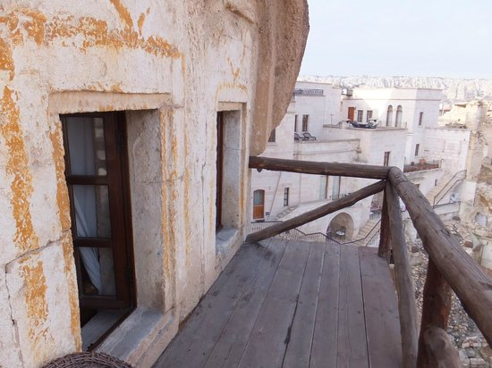 Cappadocia Cave Suites: balcony