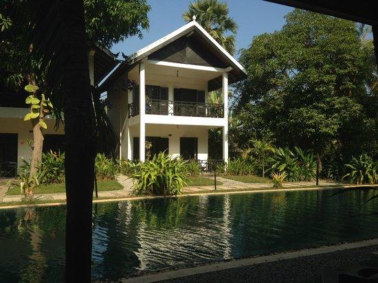 La Maison d'Angkor: room