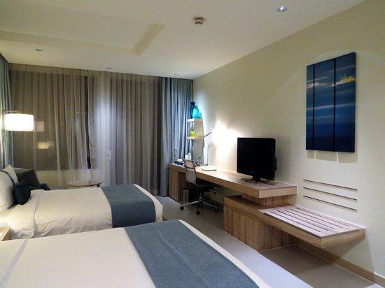 Holiday Inn Pattaya: 写真右がバルコニー