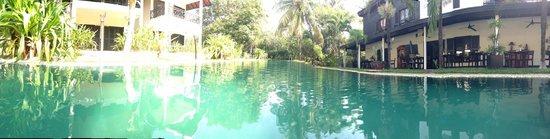 La Maison d'Angkor: pool