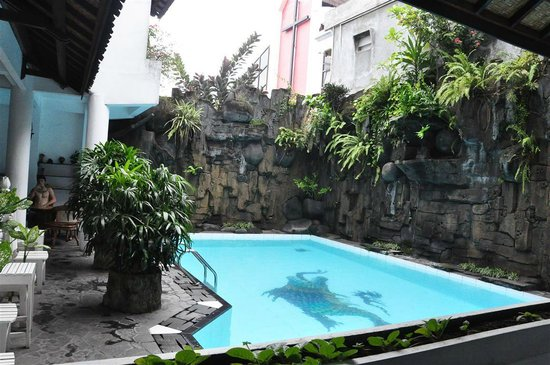 Swimming pool @ Bladok Losmen