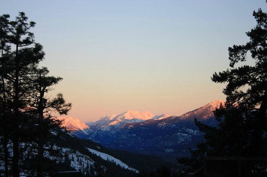 Sun Mountain Lodge: Alpenglow