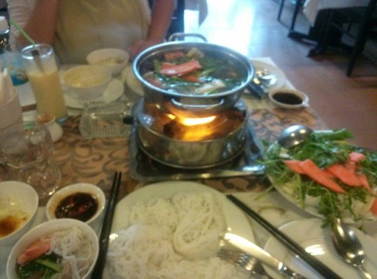 Truc Linh 2 : Mixed hot pot