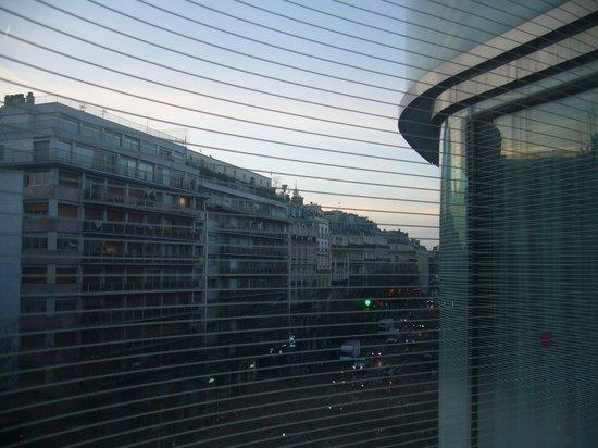 Renaissance Paris Arc de Triomphe Hotel: 部屋1