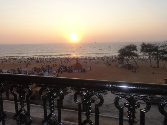 Calangute Residency: Sunset view from balcony