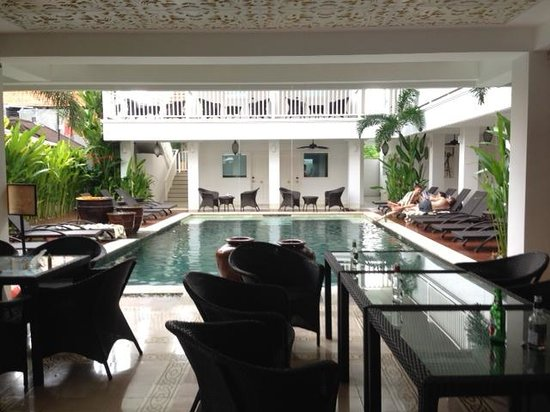 Samsara Inn by Lingga Murti: Clean decks