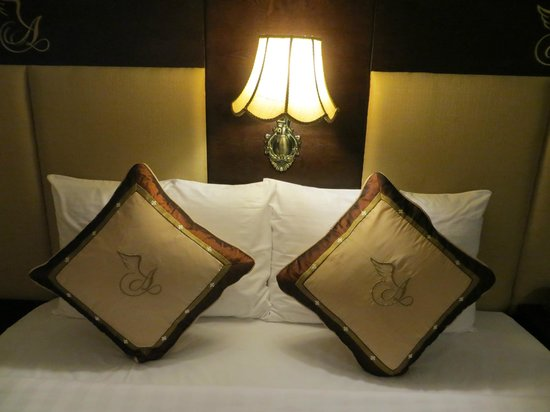 Angel Palace Hotel: Deluxe Room