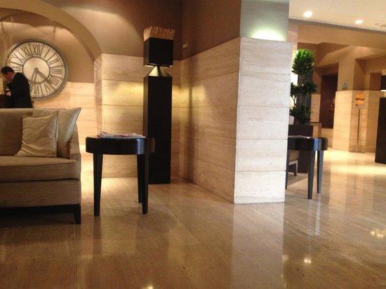 Hotel Indigo Rome - St. George: Eingangsbereich