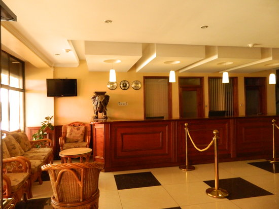 Sunrise Hotel: reception