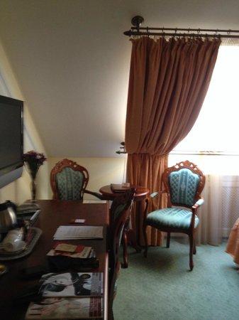Hotel General : Camera da letto - doppia deluxe