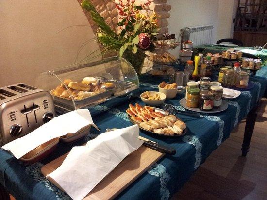 Palm Gallery Hotel : Great breakfast