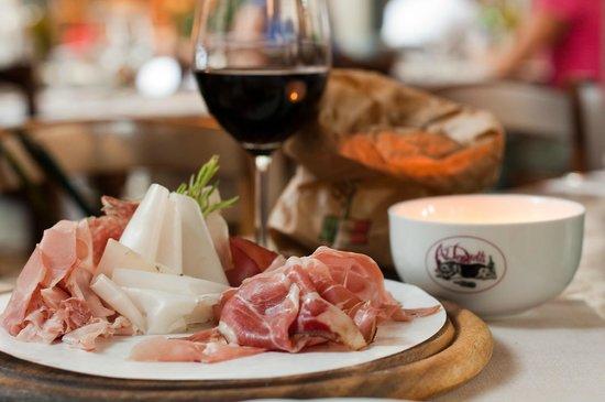 Al Donizetti: mixed salami