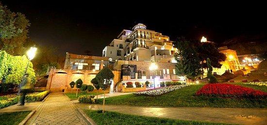 Tiflis Palace Hotel: Hotel Night View
