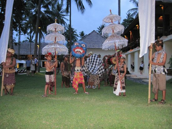 Alila Manggis: Local Celebration