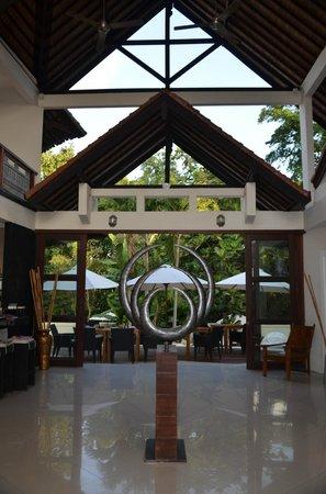 Villa Kaina: Lobby und Empfangsbereich