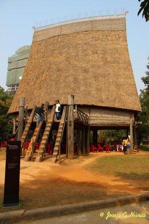 Ethnologisches Museum: Casa comunal Bahnar (Kon Tum, centro del país)