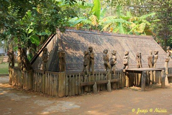 Ethnologisches Museum: Tumba Giarai (Gia Lai, centro del país)