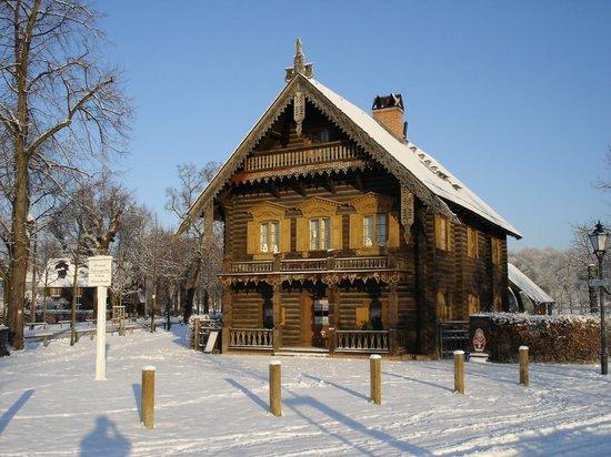 a newski kirche bild fr n alexandrowka 1 russisches restaurant potsdam tripadvisor. Black Bedroom Furniture Sets. Home Design Ideas