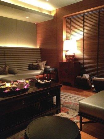 Mandarin Oriental Spa Hong Kong Review