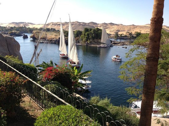 Sofitel Legend Old Cataract Aswan: view from the pool - feluccas