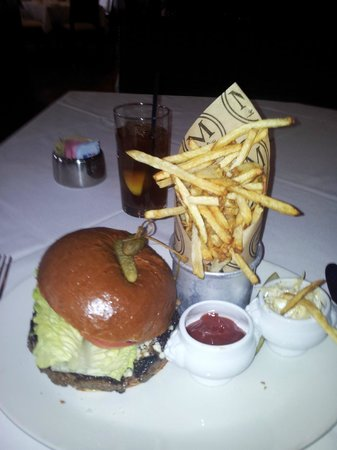 Morels French Steakhouse & Bistro: Kobe burger, with a weird cheesy-topping!