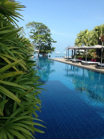 The Chill Resort & Spa, Koh Chang: Pool right in front of yr room!