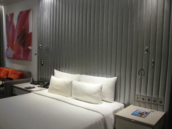Hotel Avasa: Bed