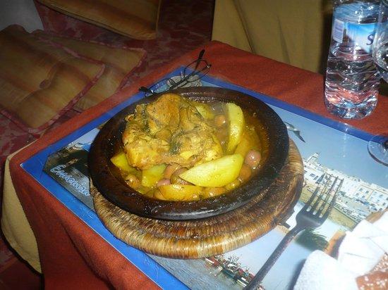 Restaurant Le Mogadorien : tajine poulet citron et olives!