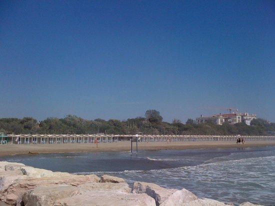 Lido di Venezia: Платный пляж