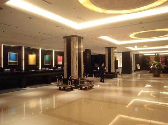Sapporo Grand Hotel : フロント