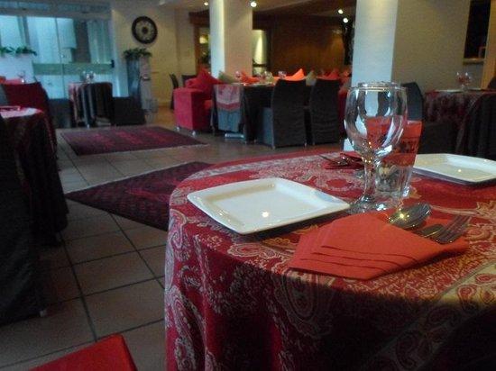 Persian Restaurant: getlstd_property_photo