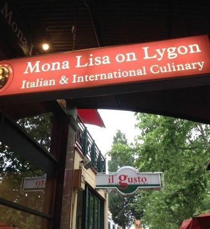 Mona Lisa on Lygon: Chef/Owner Charlie awaits