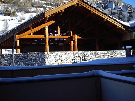 Alpina Lodge - Val d'Isere : This is the immediate view from room 106.