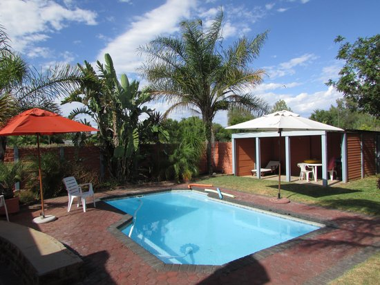 Cul De Sac Bed & Breakfast & Self Catering : Swimming pool