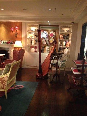 Sofitel London St James: The Rose Lounge