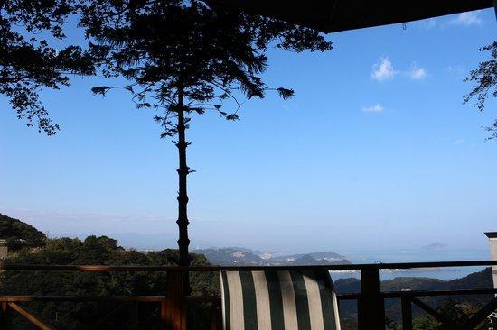 Yu-Hua-Shan-Zhuang : 遠方的藍天