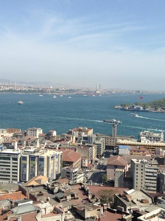 Bosphorus Strait : Left is Asia, and Right is Europe and Bosphorus in between