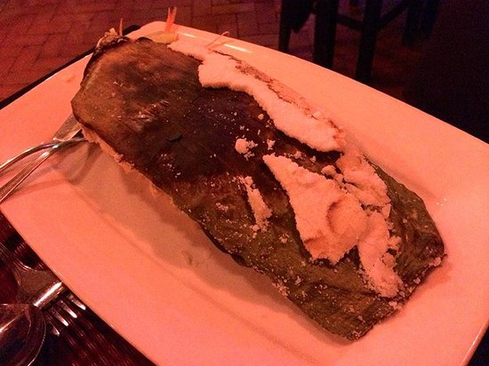 The Touich Restaurant Bar: Sand Grilled Red Snapper