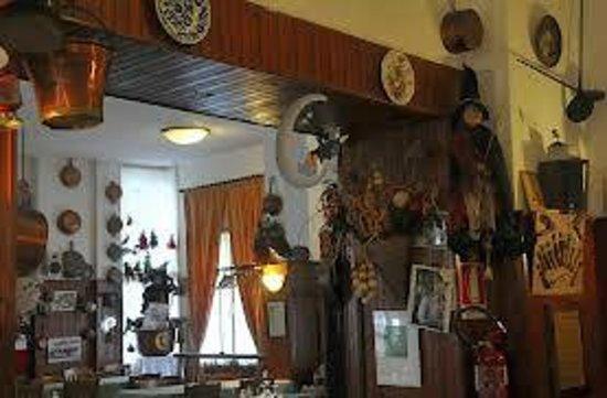 Albergo Santo Spirito : particolare sala