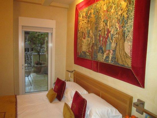 Hotel Raphael - Relais Chateaux: habitacion con terraza