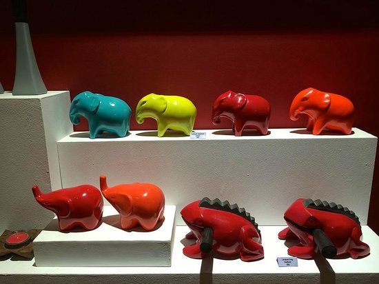 Theam's House: The colourful elephants